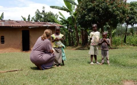 Bezoek Anne en Tirza aan Kenia